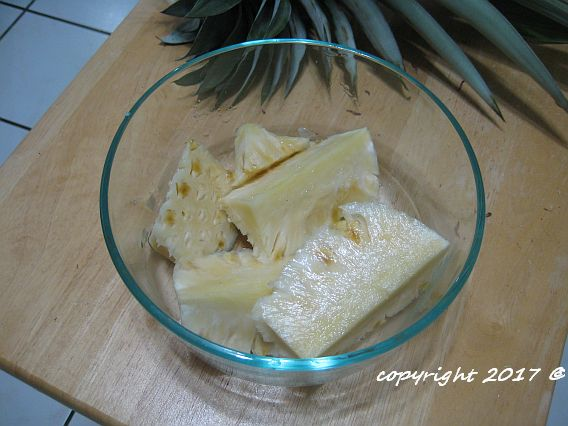 Kaua'i pineapple chunks
